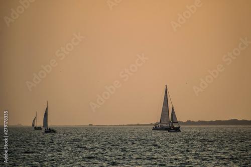 Staande foto Zeilen Silhouette of the Sea - 3