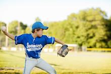 Little League Pitcher (8-9) Th...