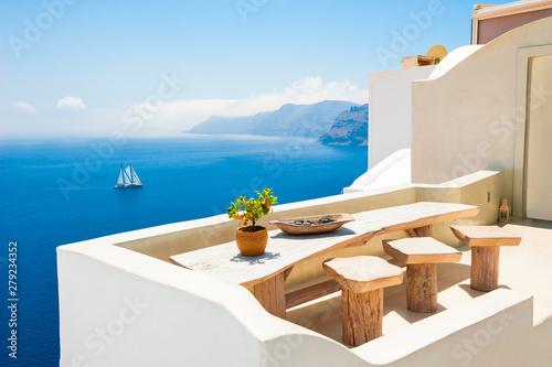 Fototapeta White architecture on Santorini island, Greece. Beautiful sea view. Famous travel destination obraz
