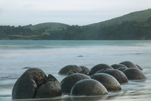 Moeraki Boulders On Koekohe Be...