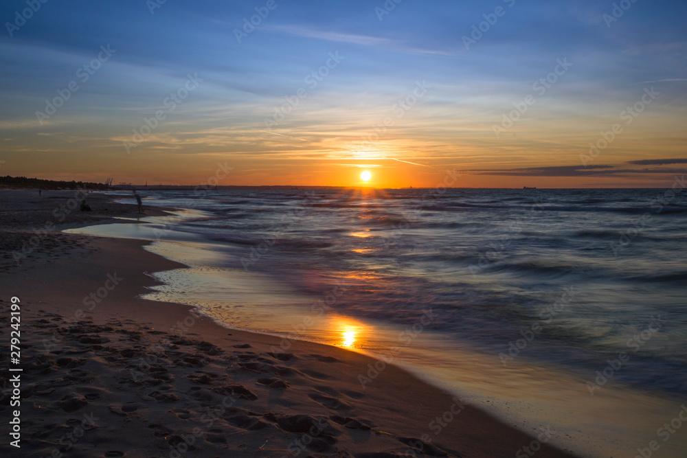 Fototapeta Zachód słońca nad Morzem Bałtyckim. Zatoka Gdańska, Gdańsk Sobieszewo