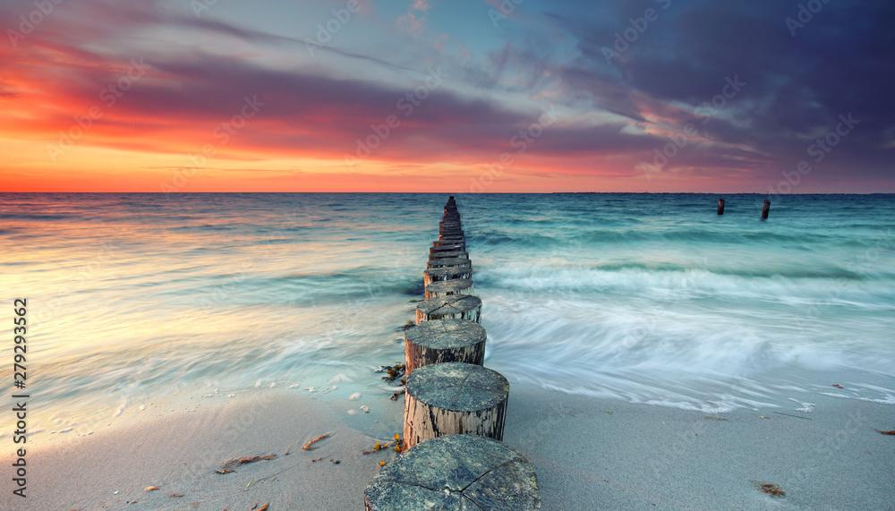 Fototapety, obrazy: magischer Sonnenuntergang am Meer