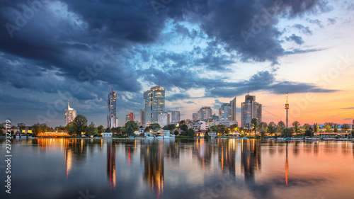 Tuinposter Wenen Vienna, Austria. Panoramic cityscape image of Vienna capital city of Austria during sunset.