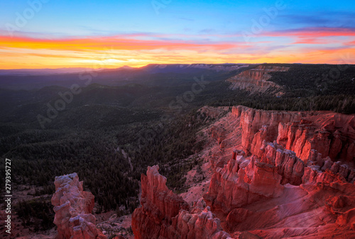 Foto auf Leinwand Aubergine lila Amazing sunset in Cedar Breaks, Utah, USA.