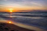 Fototapeta Fototapety z morzem do Twojej sypialni - Zachód słońca nad Morzem Bałtyckim. Zatoka Gdańska, Gdańsk Sobieszewo