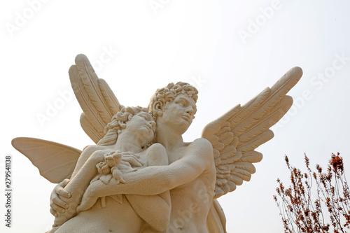 Obraz Cupid and psyche sculpture at a park, China - fototapety do salonu
