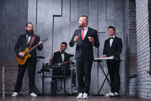 Canvas Print Music band and fashion