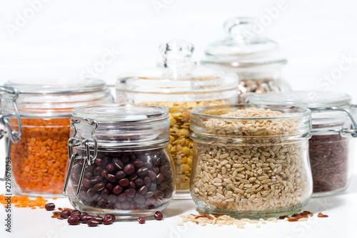 Pinturas sobre lienzo  assortment of various cereals and legumes