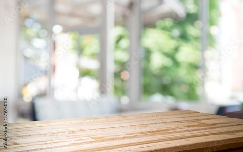 Obraz na płótnie yellow color place and window with sun light