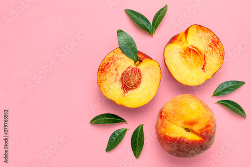 Fotomural Flat lay composition with peaches