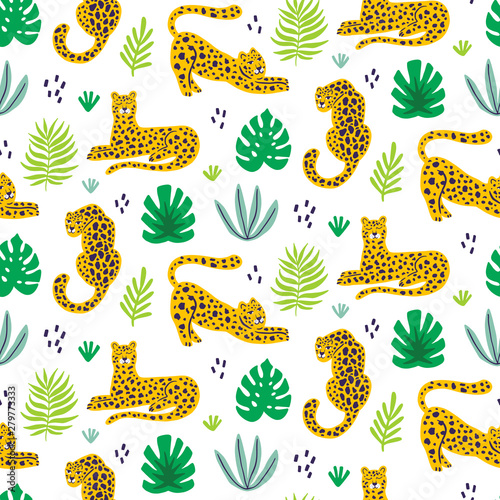 fototapeta na lodówkę Vector leopard and tropical leaves jungle animal seamless pattern