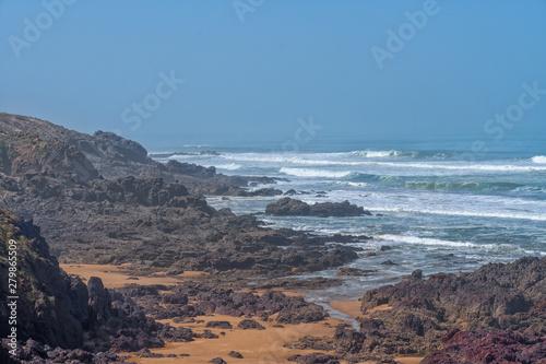 Foto op Plexiglas Poolcirkel Big waves in the Atlantic Ocean - Perfect surf in the desert of Morocco, Africa.