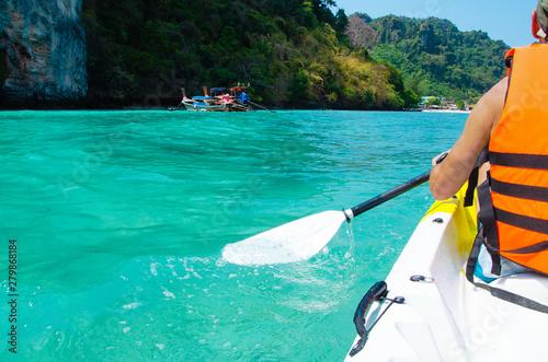Fototapeta  kayak acqua trasparente remare  tailandia