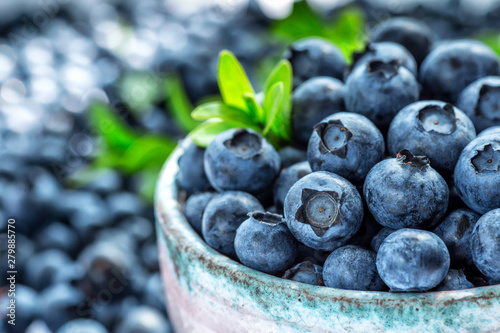 Photo Fresh blueberries background with copy space for your text