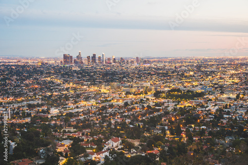 Fototapeta View over Los Angeles city from Griffith hills in the evening