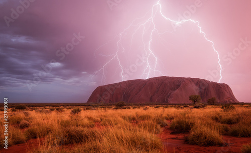 Fotografie, Obraz View of thunderstorm at Ayers Rock during dusk