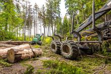 Harvester (heavy Forestry Vehi...