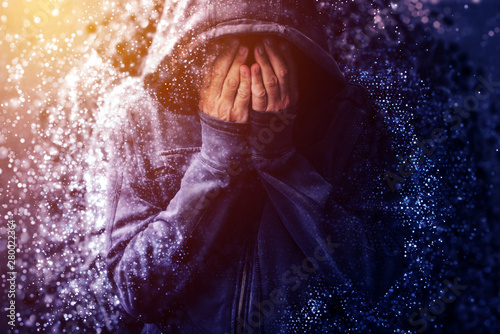 Photo Hopeless addict person crying and dissolving