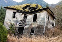 Collapsing Wooden Plank House, Haunted House
