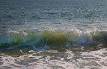Big Green Ocean Wave Approachi...