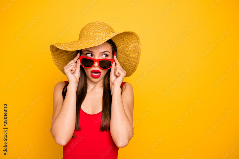 Fototapety, obrazy: Photo of amazing lady nice look came seaside trip voyage listen hotel neighbors fight sly person wear specs sun hat red swimming suit isolated yellow background