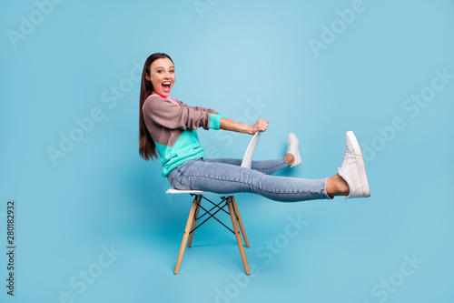 Carta da parati Full length photo of amazed rejoicing glad positive nice creative teen girl imag