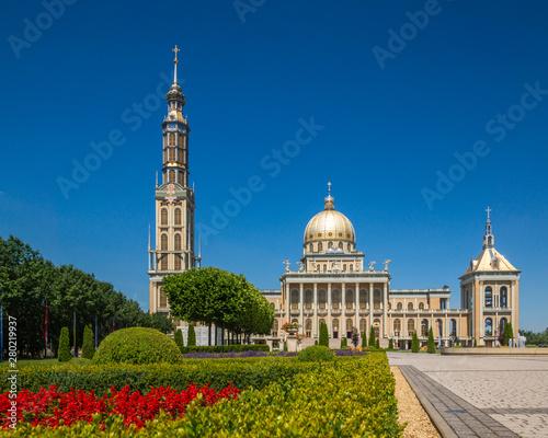 fototapeta na drzwi i meble Basilica of Our Lady in Stary Lichen, Wielkopolskie, Poland