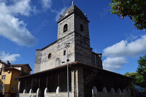 Antigua iglesia de la localidad Guipuzcoana de Irura, España. Canvas Print