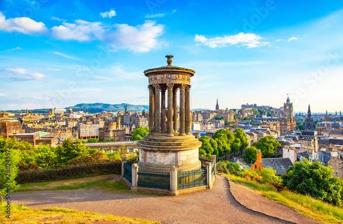 Obraz Calton Hill and Edinburgh city view - fototapety do salonu