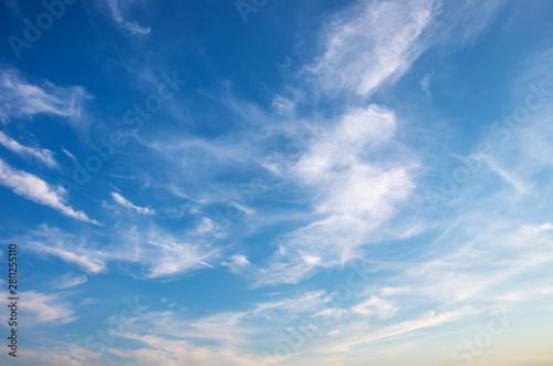 Foto auf Leinwand Blau Jeans White clouds in blue sky.