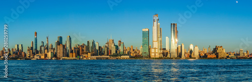 Fotografie, Tablou  View to Manhattan skyline from Weehawken Waterfront in  Hudson River at sunset