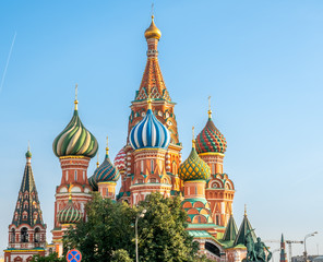 Fototapeta na wymiar Saint Basil cathedral in Moscow, Russia