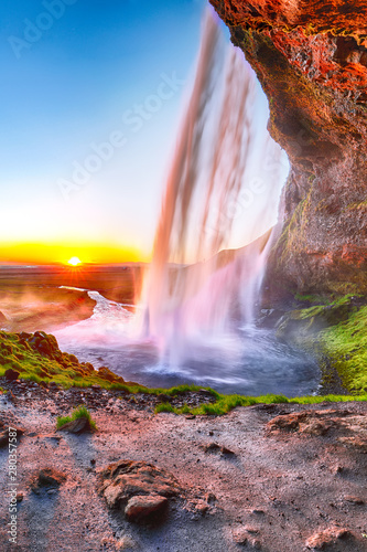 beautiful-seljalandsfoss-waterfall-in-iceland-during-the-sunset