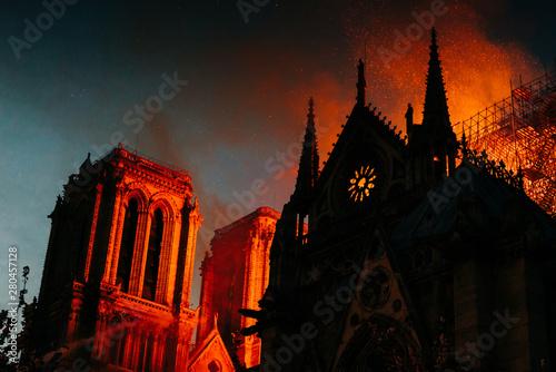 Fotografie, Obraz Incendie de la cathédrale notre dame de Paris