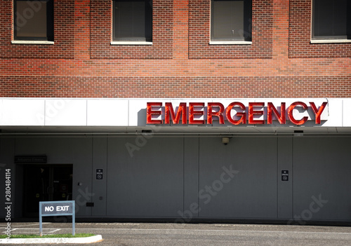 Emergency room sign on hospital