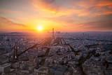 Fototapeta Fototapety Paryż - view of the Eiffel Tower and La Defense district in Paris