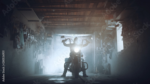 Fotografie, Obraz headlamp chopper in biker garage