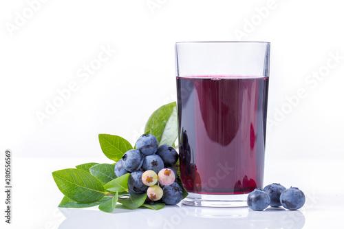 Obraz na płótnie Blueberry juice and fruit