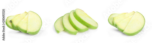 Obraz na plátně  Fresh ripe green apple on white background