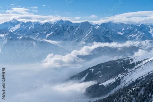 widok-na-alpy-ze-szczytu-gory-hochzillertal