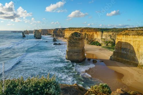 Fotografía  twelve apostles at sunset,great ocean road at port campbell, australia 19