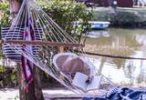 chwila relaksu nad wodą