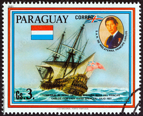 Photographie  HMS Resolution (Paraguay 1981)