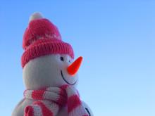 雪だるまのぬいぐるみ