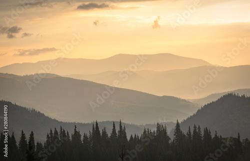 Tuinposter Bergen Dawn in the Carpathian Mountains