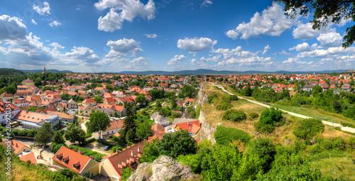Stadtansicht von Veszprem, einer Stadt in Ungarn in der Nähe des Plattensees Canvas-taulu