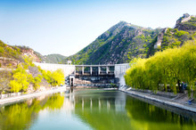 Great Wall Of China Dam And Br...