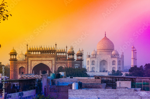 Foto auf Leinwand Orange view of taj mahal, india, 2019
