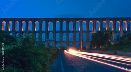 Photographie  The Aqueduct of Vanvitelli or Caroline Aqueduct