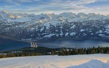 Schweizer Alpen Im Winter Am S...